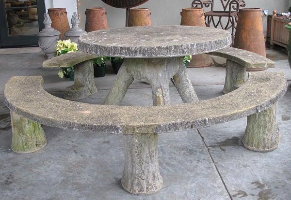Faux Bois Beton : Faux Concrete Tables and Benches
