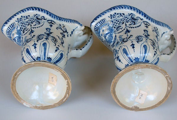 A Good Pair of French Blue&White Tin-Glazed Faience Pitchers image 4