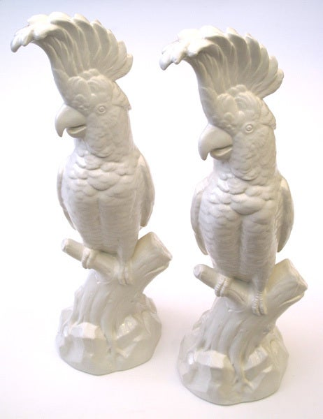 A Striking Pair of English Minton Porcelain Cockatoo Figurines 4