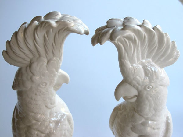 A Striking Pair of English Minton Porcelain Cockatoo Figurines 5