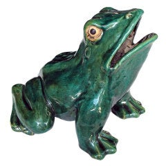 A Large and Rare Chinese Qing Dynasty Emerald-Green Glazed Ceramic Garden Frog