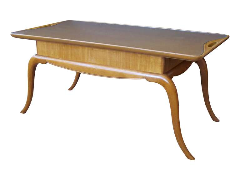Chic Italian Midcentury Pearwood Cocktail Table with Splayed Legs In Excellent Condition For Sale In San Francisco, CA