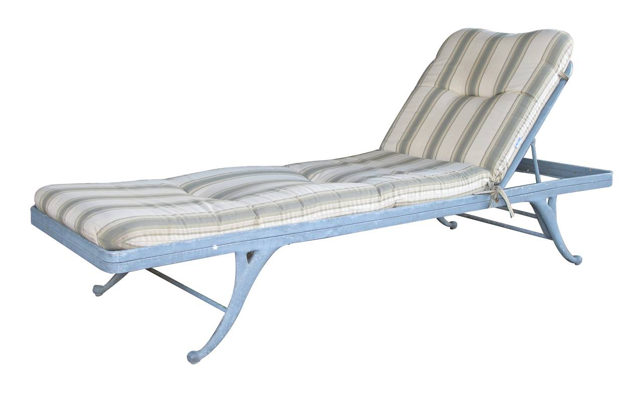 An American Regency Style Gray Aluminum Garden Lounge Chair by Brown Jordan For Sale at 1stdibs
