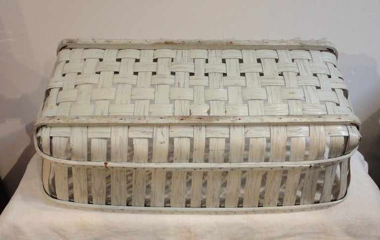 19thc Fantastic Shaker Style Large White Painted Basket From Maine At 1stdibs