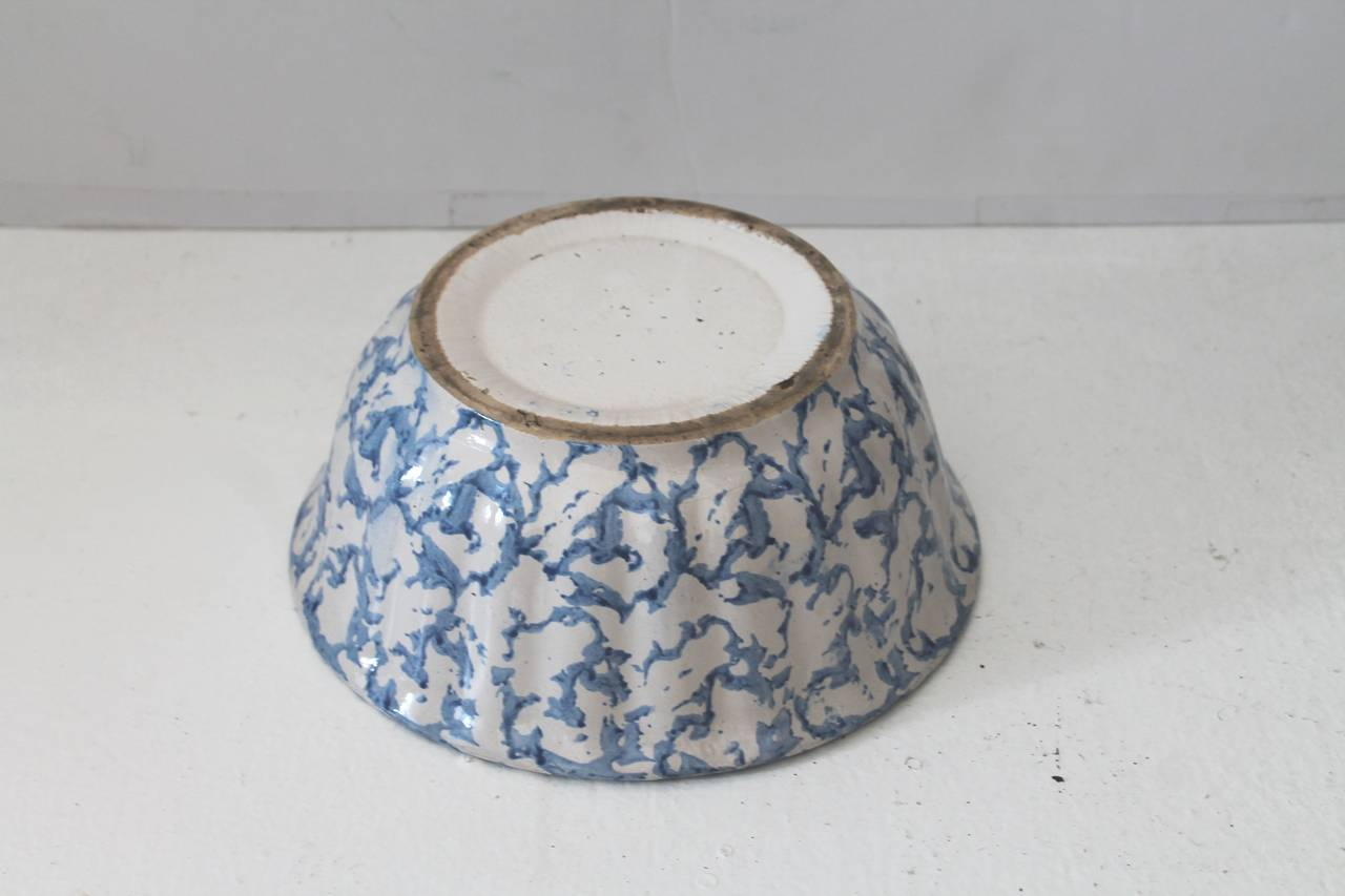 Glazed 19th Century Sponge Ware Pottery Serving Bowl For Sale