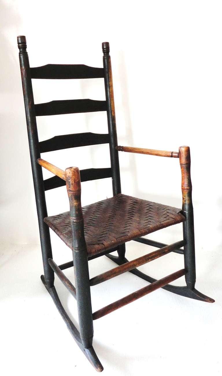 18thc Original Dark Green Ladder Back Chair From New England image 2