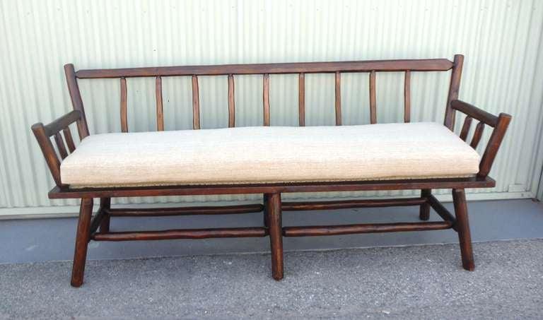 Rittenhouse Bench With Custom Made 19thc Homespun Linen