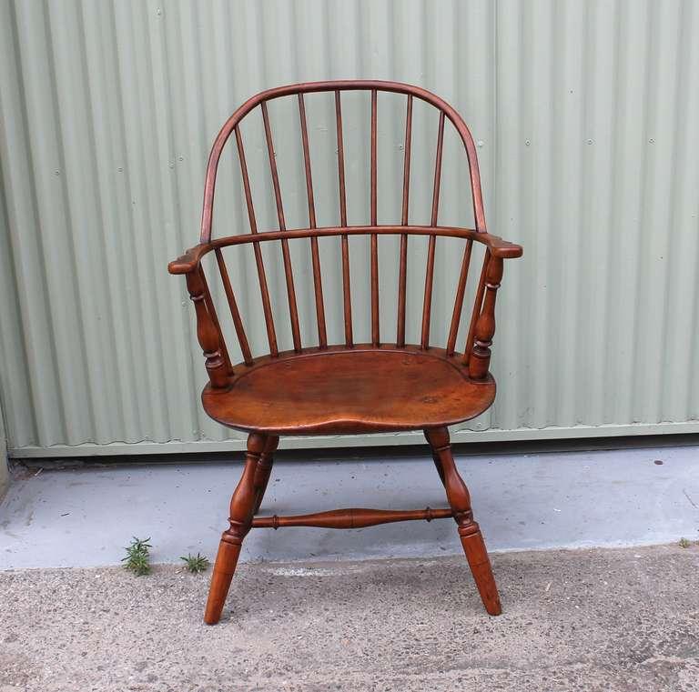 Superbe 19th Century Sack Back Windsor Chair