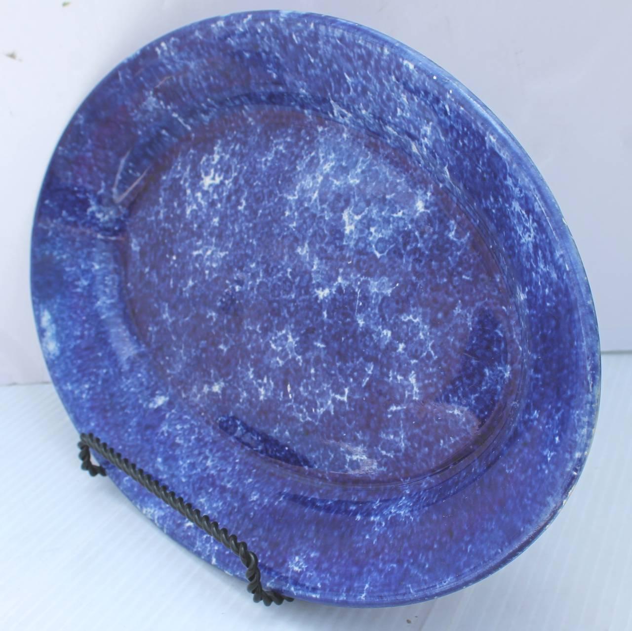 Wonderful 19th century deep blue sponge serving platter in pristine condition. The dark blue is fantastic.