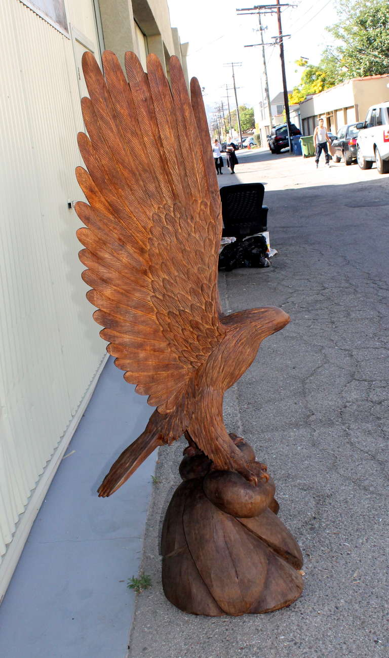 Monumental Hand Carved Mid Century American  Eagle For Sale 4