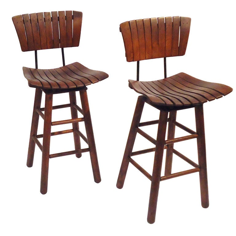 Pair Of Rustic Swivel Bar Stools With Backs at 1stdibs : XXX797113051494491 from www.1stdibs.com size 768 x 768 jpeg 61kB