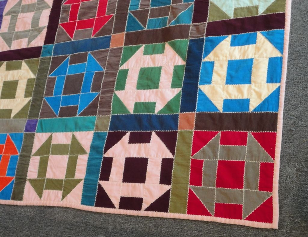 Fantastic 1940's Amish Hole In The Barn Door Pattern Quilt ...