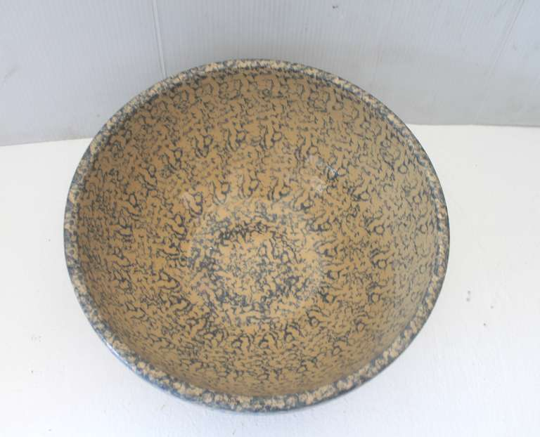Monumental Sponge-Ware Pottery Mixing or Serving Bowl 2