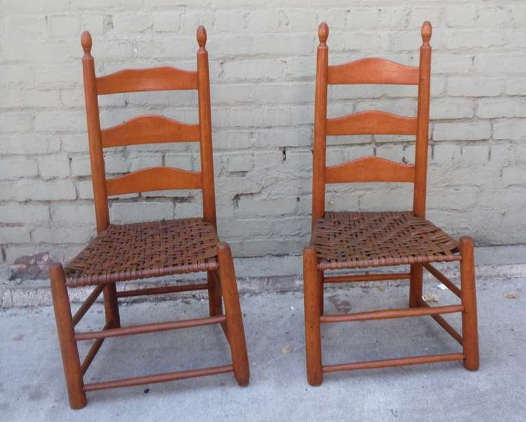 American Pair Of Shaker Style Ladderback Chairs For Sale