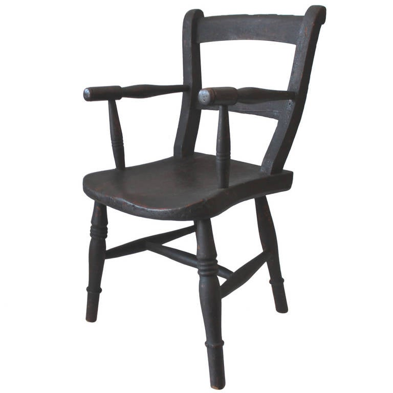 Early 19th Century Original Surface Child's Chair For Sale