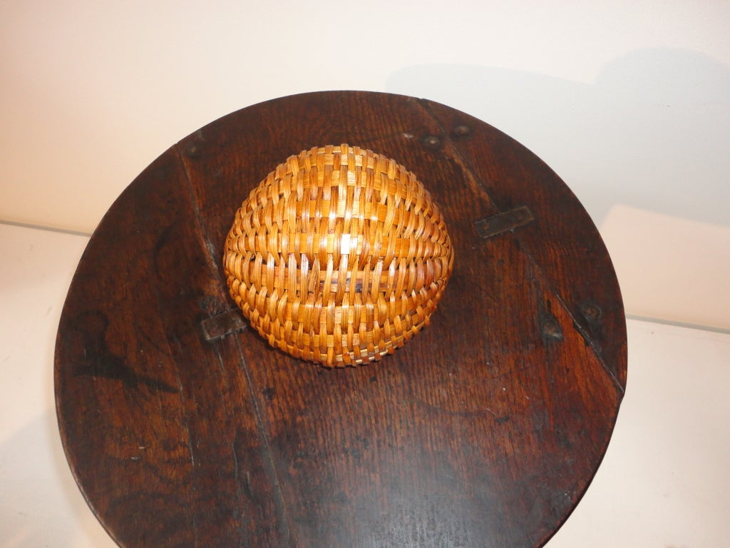 Handmade Small Baskets : Early handmade small buttocks basket from new england at