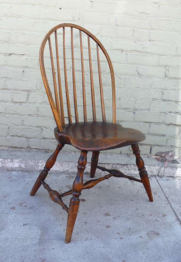 Beautiful Bow Back Windsor Side Chair 2