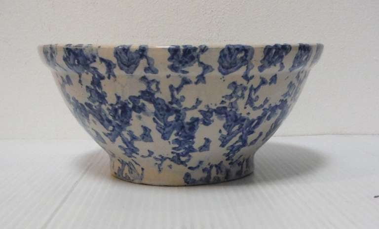 Pottery 19th Century Sponge Ware Serving/Mixing Bowl For Sale