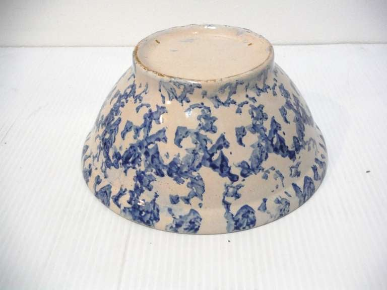 19th Century Sponge Ware Serving/Mixing Bowl For Sale 2