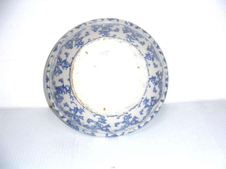 19th Century Sponge Ware Serving/Mixing Bowl For Sale 1