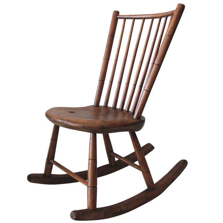 Early 19Th Century Hickory & Pine Windsor Rocking Chair For Sale - Early 19Th Century Hickory And Pine Windsor Rocking Chair At 1stdibs