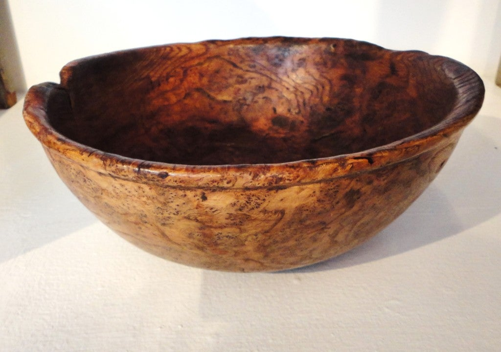 18th Century American Large Burl Bowl from New England 2