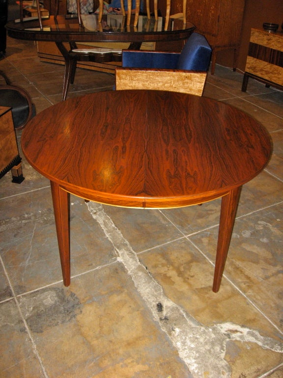 Danish Mid-Century Modern Extendable Rosewood Dining Table 4