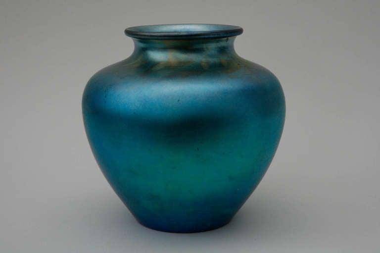 Blue Aurene Glass Vase By Frederick Carder For Steuben