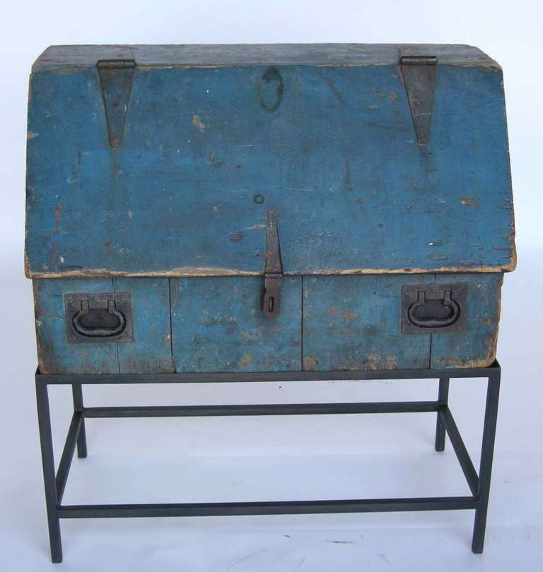 Primitive Painted Tool Chest At 1stdibs