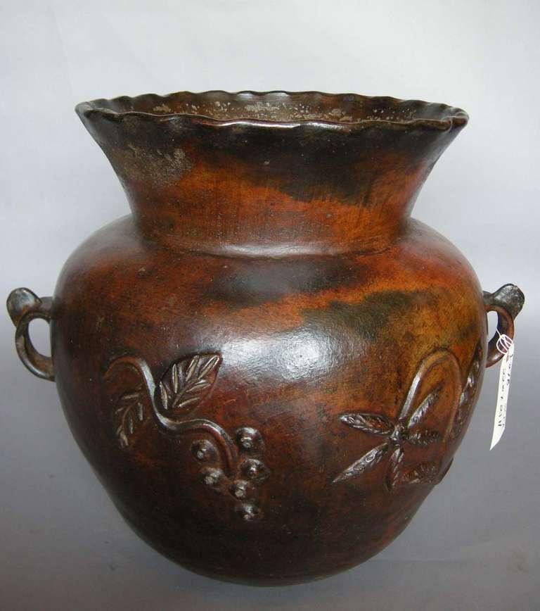 Spanish Colonial 19th Century Ceramic Pot For Sale