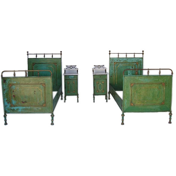 French Metal Daybed Painted Green