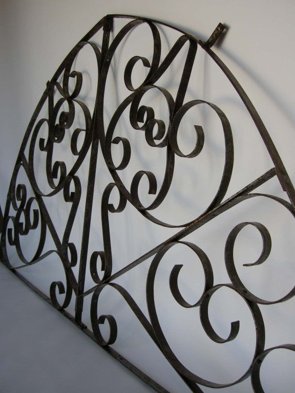 Guatemalan Large Scale  Decorative Iron Architectural Arch For Sale