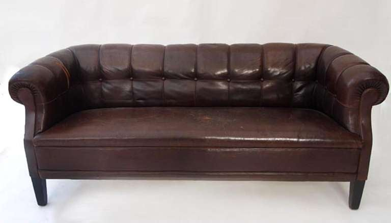 Antique Swedish Leather Chesterfield Sofa In Fair Condition For Sale In Los Angeles, CA