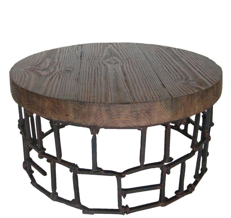 Round rail road spike table for sale at 1stdibs - Archives departementales 33 tables decennales ...