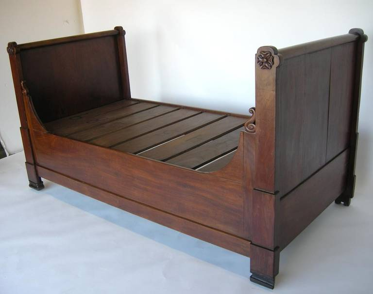 19th Century Guatemalan Day Bed 2
