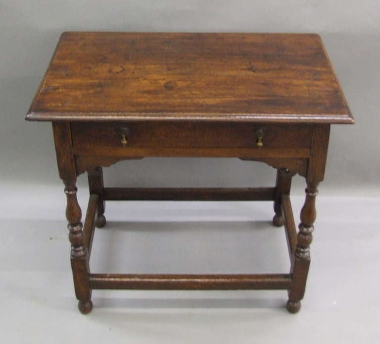 Early 18th Century English Oak Side Table 2