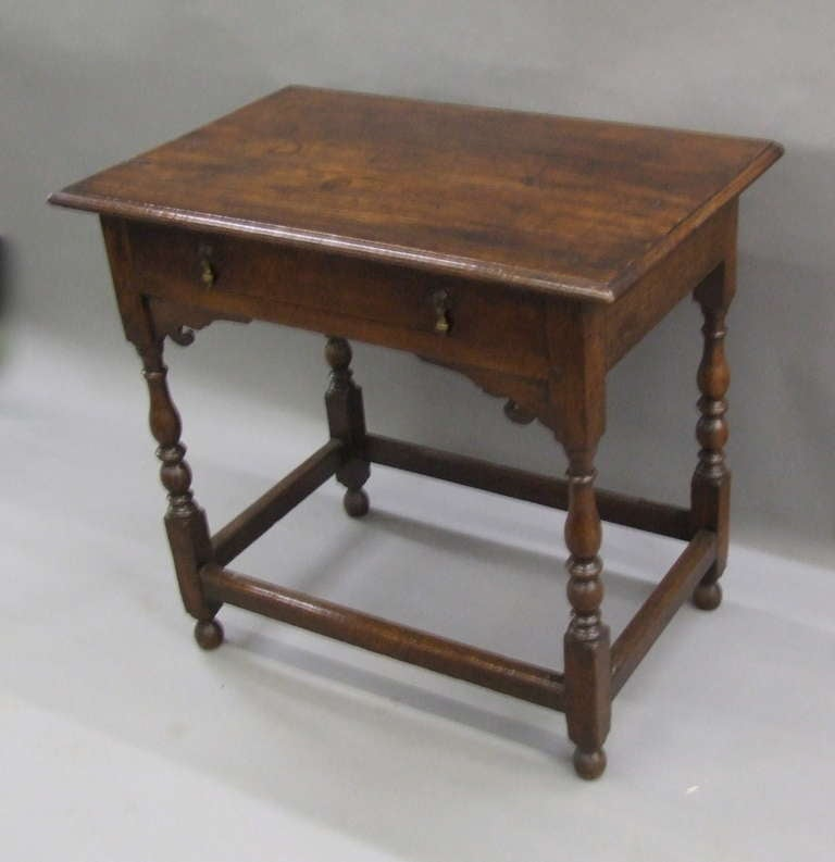 Early 18th Century English Oak Side Table 4