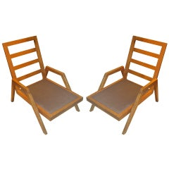 Sculptural Pair of French 1940s-1950s Oak Lounge Chairs