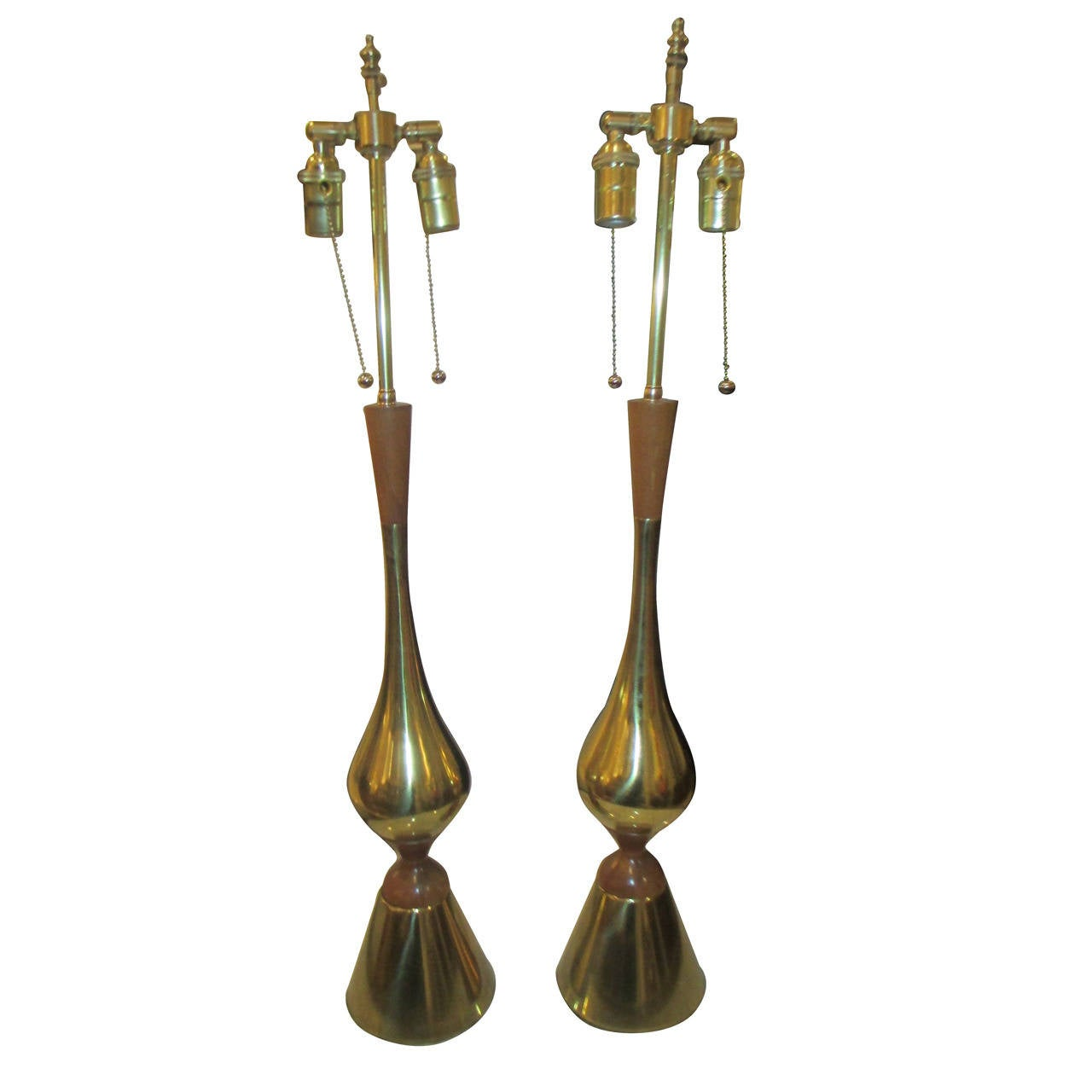 of american modern brass and wood tall table lamps for sale at 1stdibs. Black Bedroom Furniture Sets. Home Design Ideas