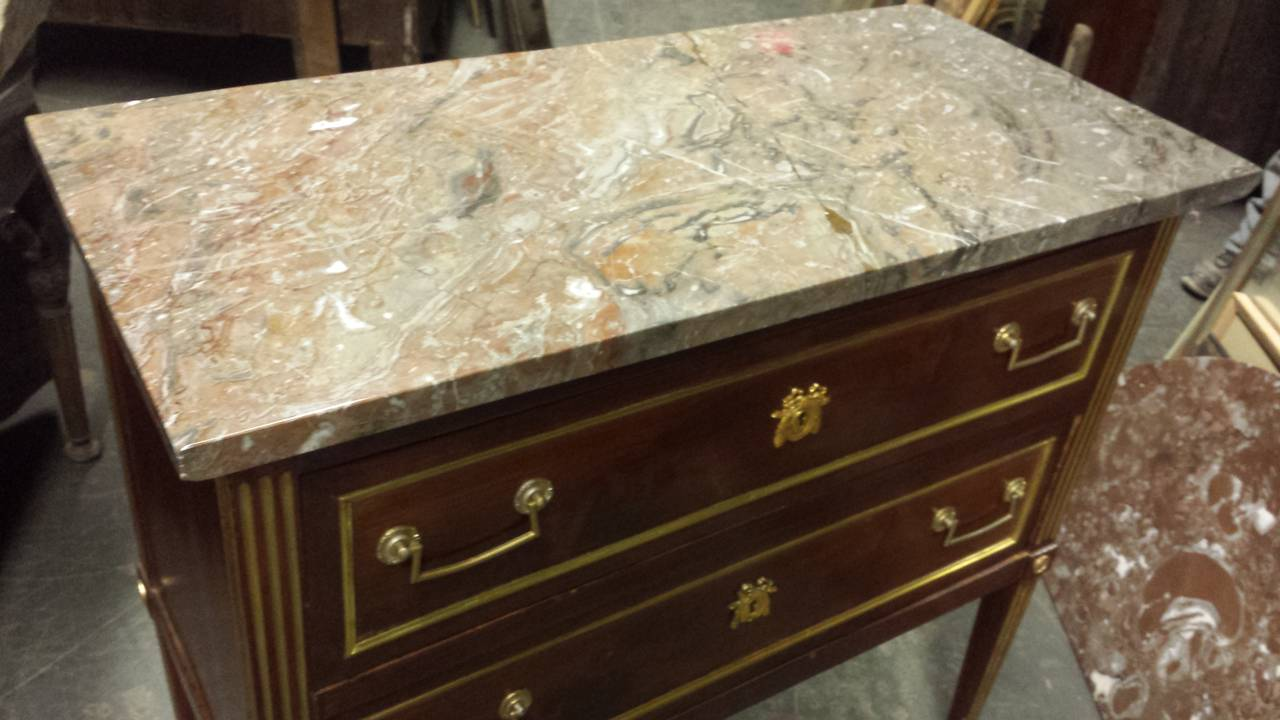 19th Century Baltic Marble-Top Commode in the Neoclassical Manner For Sale