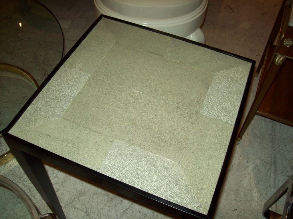 Custom Pair of Handcrafted Shagreen End Tables In Excellent Condition For Sale In New York, NY