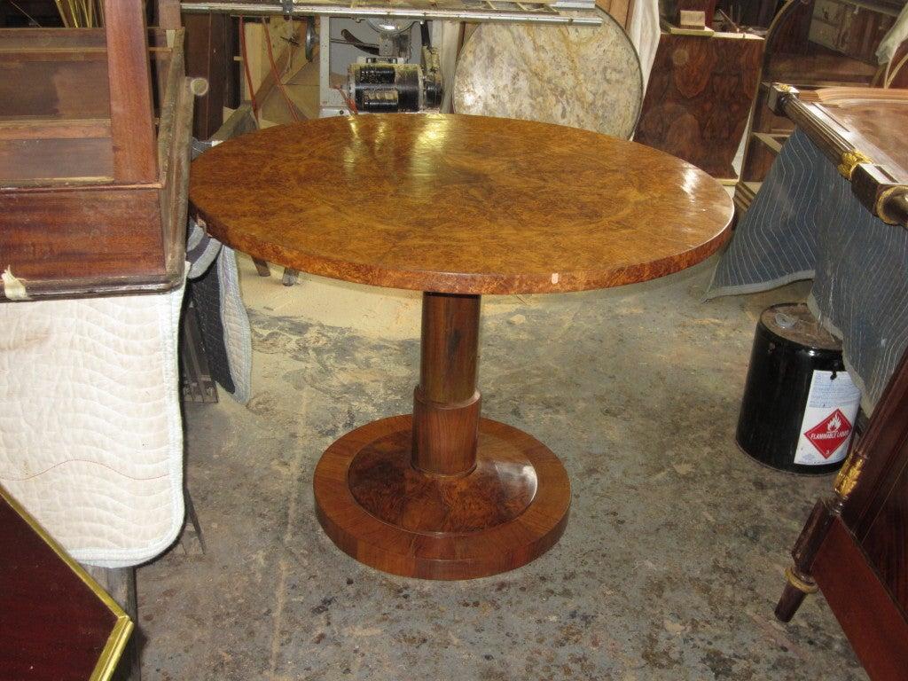 Burl walnut biedermeier center table on pedestal base at for Cuir center table basse