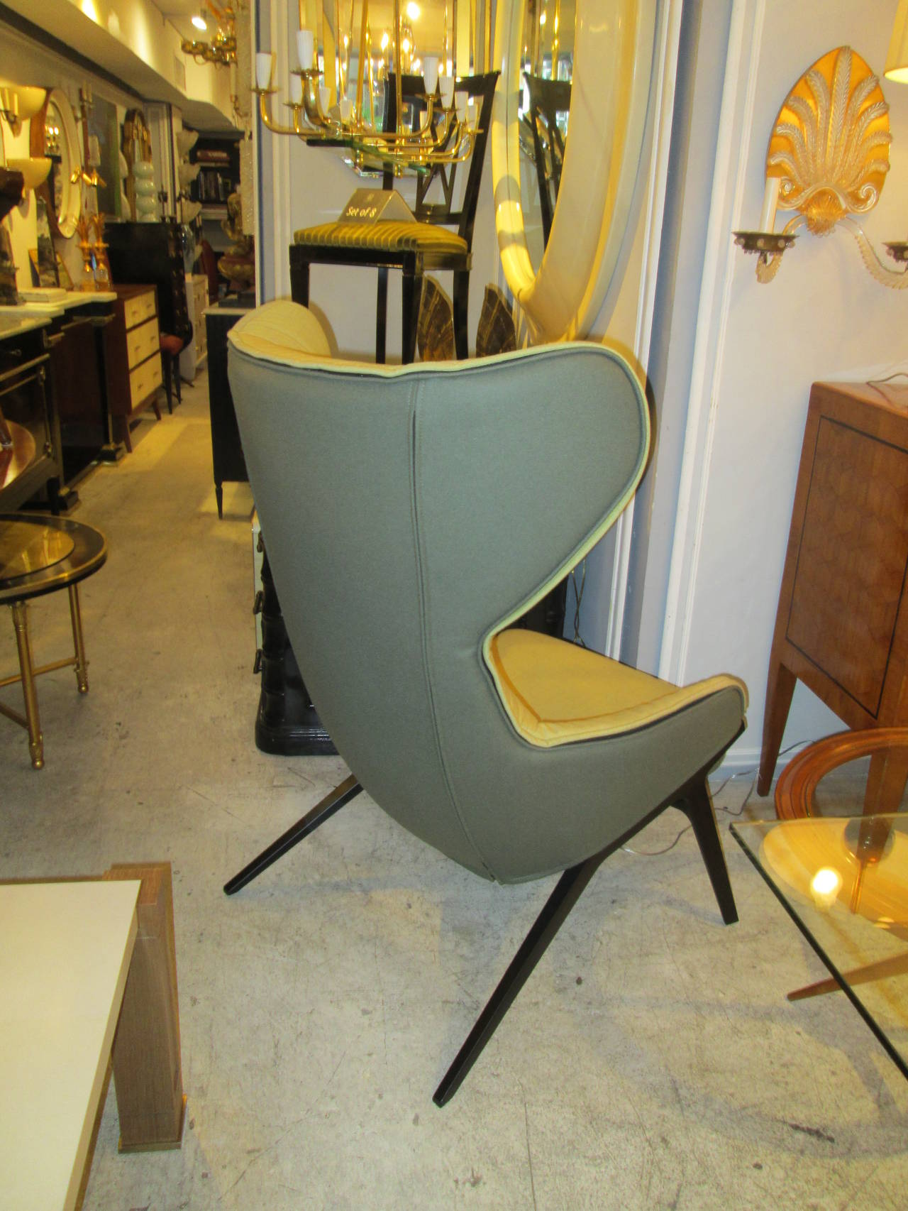 Pair Of Cassina P22 Armchairs At 1stdibs