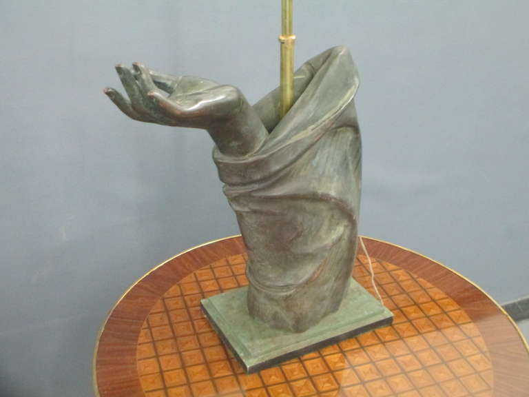 Sculptural Pair of Bronze Hand Lamps In Excellent Condition In New York, NY