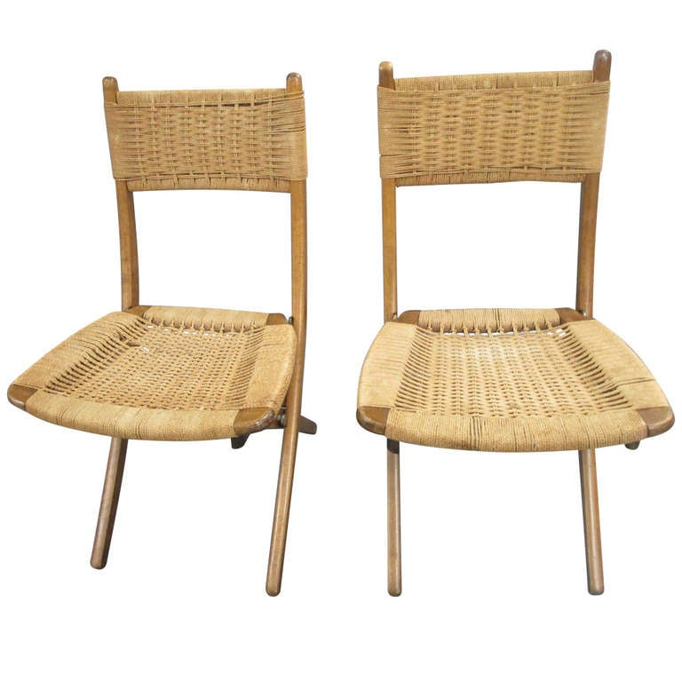 A Pair of Scandinavian Folding Chairs in the style of Hans  : 836911l from www.1stdibs.com size 768 x 768 jpeg 50kB