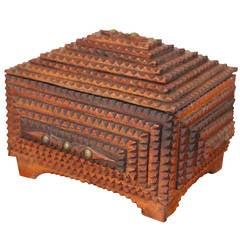 Small Trampart Keepsake Box, circa 1900s