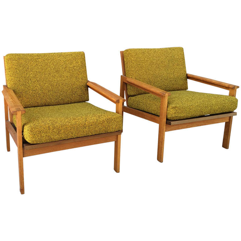 danish modern lounge chairs by illum wikkelso at 1stdibs