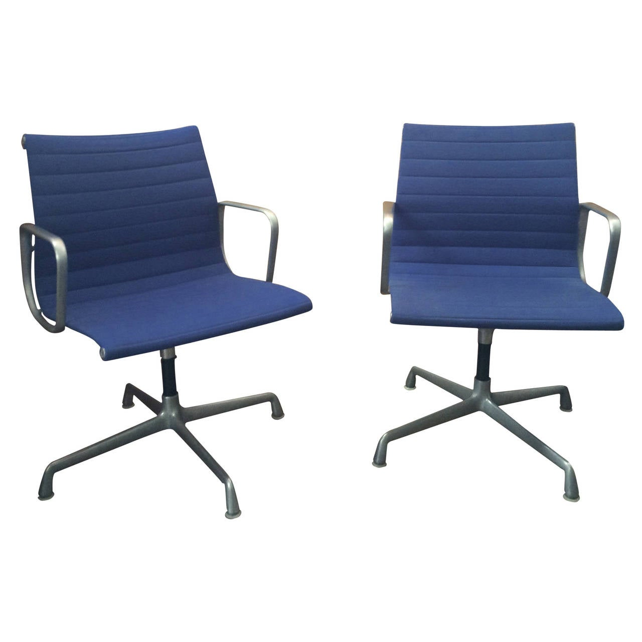 pair of eames aluminum task chairs at 1stdibs