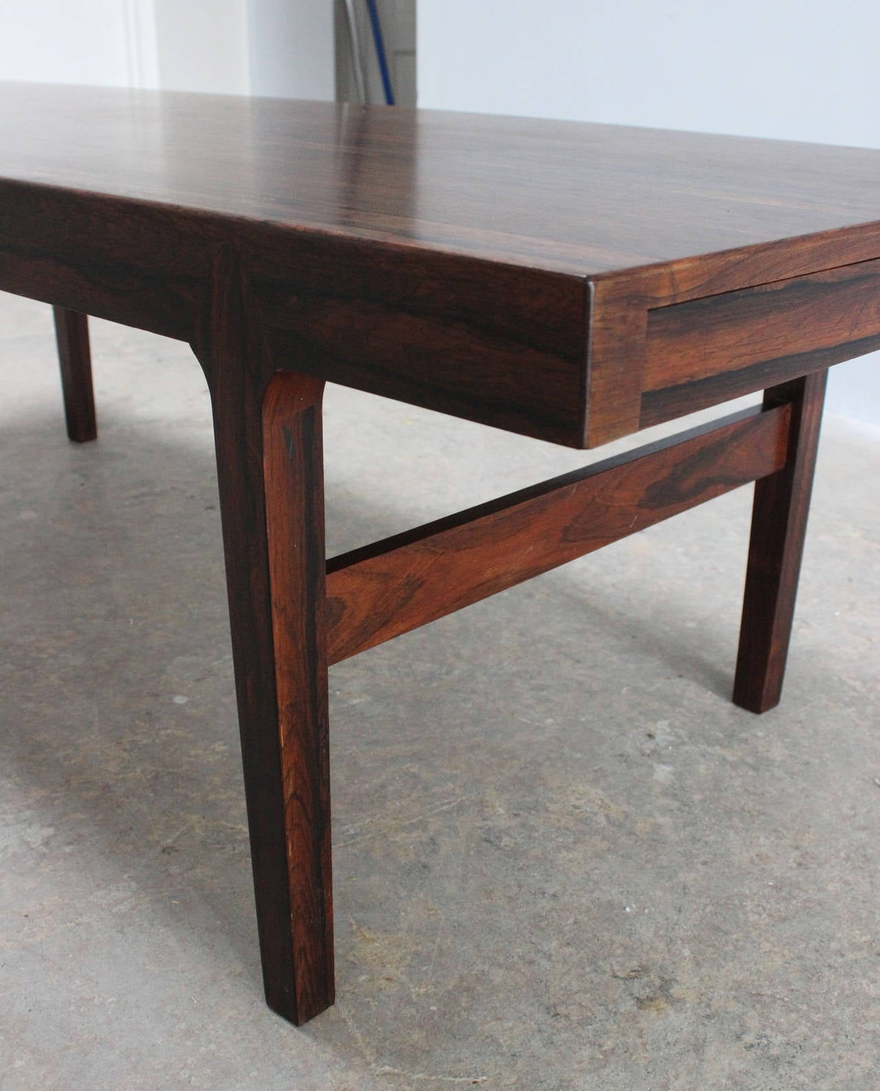 Danish Rosewood Coffee Table For Sale 1
