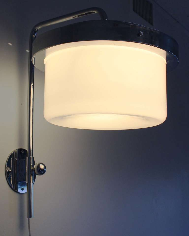 Wall Lights Adjustable : Lumi Adjustable Wall Light at 1stdibs